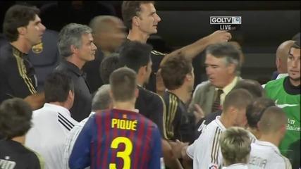 Мауриньо дърпа ухото на Виланова - Барселона - Реал Мадрид