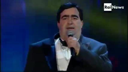 Превод - Sanremo 2013 - Elio e le Storie Tese - La canzone Mononota