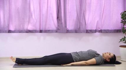 3 по-динамични упражнения от йога за стягане на корем