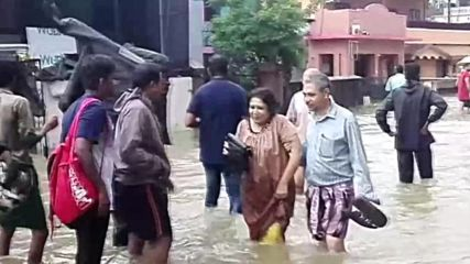 India: 'Worst floods in a century' kill 320 and displace 200k more in Kerala