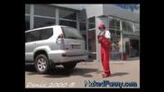 Голи и Смешни - Изненада в колата