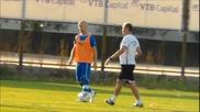 Защитата на Левски съвсем окапа, Старокин тренира самостоятелно