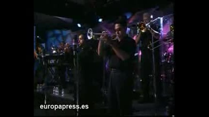 Marc Anthony y su familia de gira por Espana