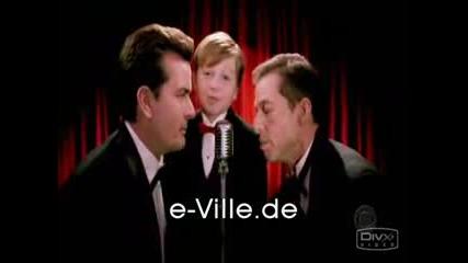 Музичката От Двама Мъже И Половина :D