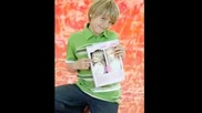 Top 10 Cole Sprouse Pictures