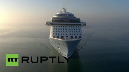 UK: MASSIVE cruise ship arrives in Southampton... equipped with ROBOTS!