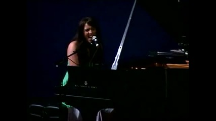 Stefani Germanotta (lady Gaga) - Vintage and Electric Kiss Live