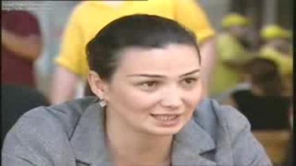 Banu Avarla Sinirlar Arasinda - Turuncu Devrim Azerbaycan - 2