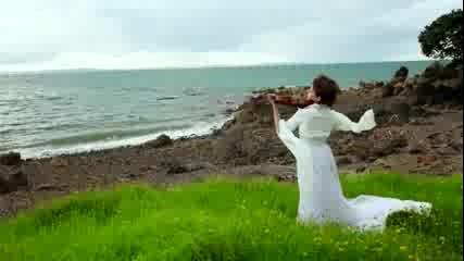 Lord of the Rings - цигуларка изпълнява soundtrack !!