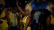 Хиляди хора танцуваха в Рио под ритъма на самбата