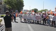 Spain: Protesting farmers call for EU aid outside Agriculture Ministry