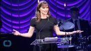 Jennifer Garner Cries on Live TV