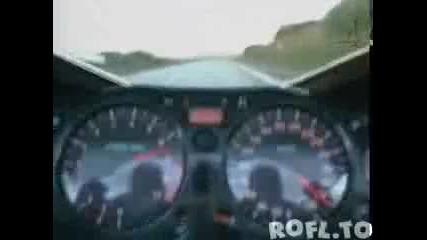 Гавра с полицаи (336 км/ч)