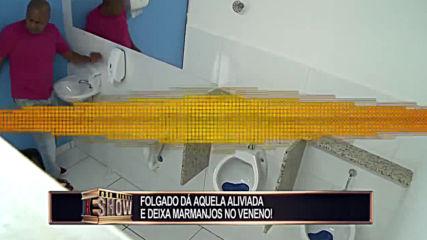 Смешна Скрита Камера - Pegadinha Toninho Tornado_ Folgado d aquela aliviada no banheiro e deixa marm