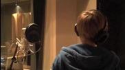 Justin Bieber в звукозаписното студио - One time