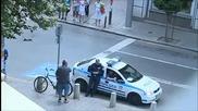 Полицейски патрули нарушават Закона за движение по пътищата!