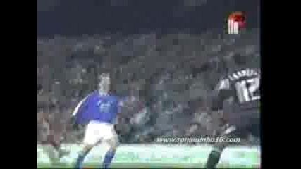 Роналдиньо - Благотворителен Мач