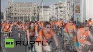 Хиляди колоездачи в Унгария искат по-добри условия за практикуване на хобито си
