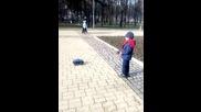 Игра с дистанционно управляема кола