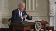 USA: Biden signs executive orders to promote racial equity