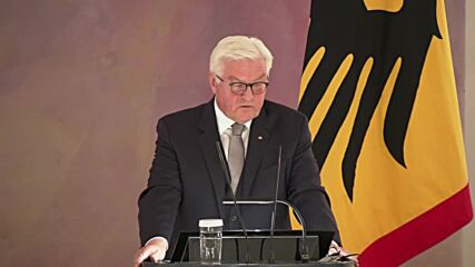Germany: President Steinmeier formally discharges Merkel's federal government from office
