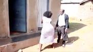Тази жена определено може да впечетли всеки мъж с танца си