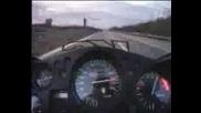 305 Km/h С Пистов Мотор
