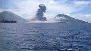 Мъж заснема изригването на вулкан!