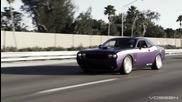 """Dodge Challenger с джанти Vossen 22"""""""