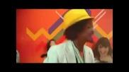 K'naan - and - David - Bisbal - Sudafrica - 2010 - Mundial - Down