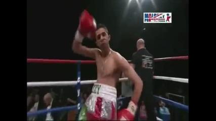 В бокса не е важно как влизаш на ринга, а как излизаш :)