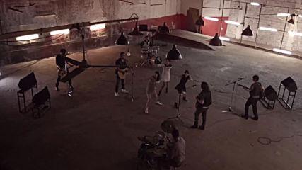 Antonis Remos ft. Manos Pirovolakis - Mporei na Bgo (Oficial Music Video)