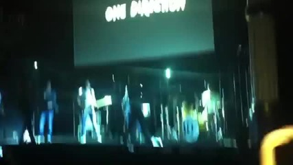 One Direction - One Thing (showcase Paris 03.11)