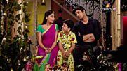 Семейната идилия на Ананди, Шив и Амол