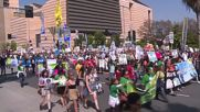USA: Climate activists hit LA as intl. fossil fuel protests kick off