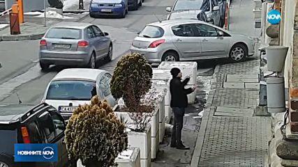 Има задържан за хвърлените камъни по Софийската синагога
