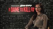 Звездата Ева Грийн дава интервю за филма си Град на Греха 2: Жена, за която да убиеш (2014)