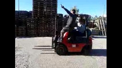 Луди мотокаристи (смях)