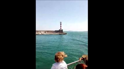 Акостиране на круизен кораб на пристанище Бургас