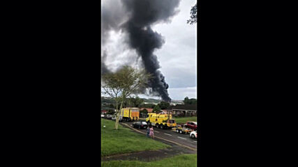 South Africa: Massive oil refinery explosion injures seven in Durban