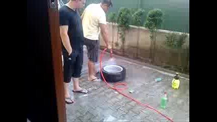 Бързо и качествено миене на гума