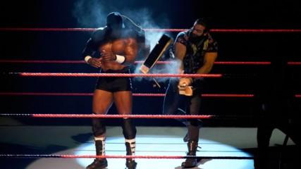 Elias cracks a guitar across Bobby Lashley's back: Raw, Dec. 17, 2018