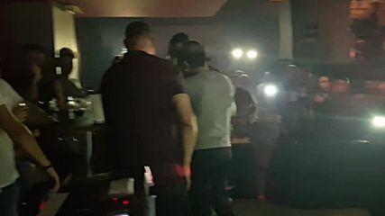Mile Kitic - Kraljica trotoara - Pukni srce - (LIVE) - (Diskoteka Colosseum 2017)
