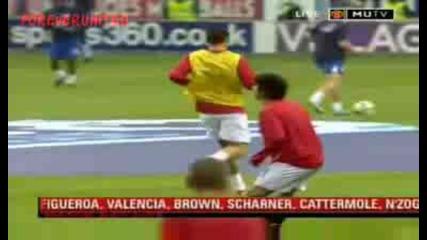 Загрявката на Кристиано Роналдо преди мача със Уигън