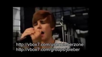 Justin Bieber пее Happy Birthday за American Cancer Society