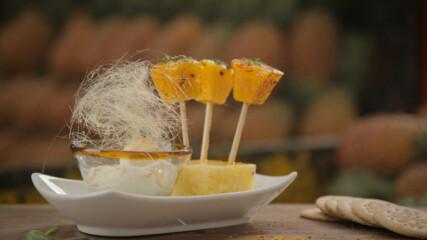 Кокосов сладолед и карамелизиран ананас   Мексиканска фиеста с Питър Курувита   24Kitchen Bulgaria