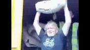 Аджамия вдига  торба  с  цимент- Kофти  Hомер...