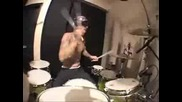 Travis Barker [ Flo Rida - Low ]