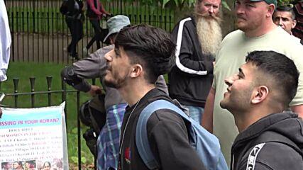 UK: Christian preacher returns to Speakers' Corner 1 week after knife attack