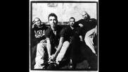 Godsmack - Living In Sin